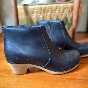 Dansko Maria Boot size 38 (US 8)